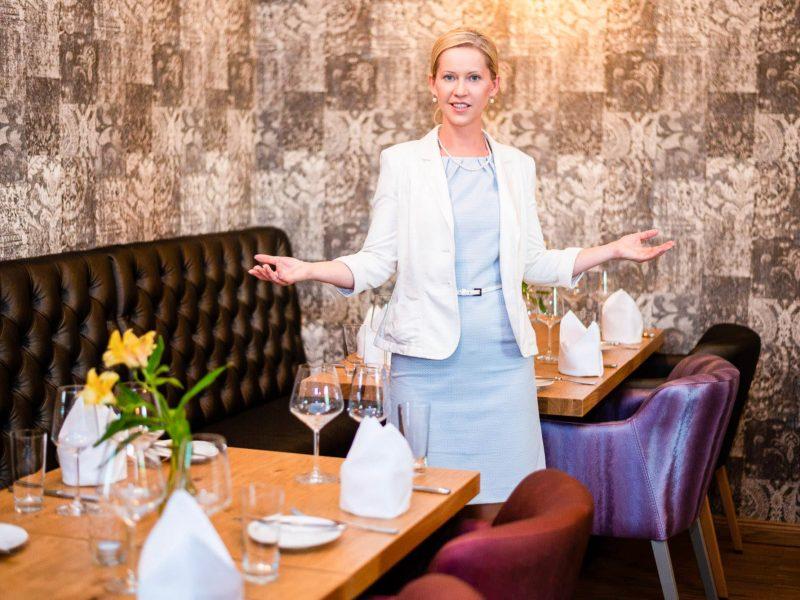 Stilvolle Tischmanieren Teil 1: So punkte ich als Gastgeber