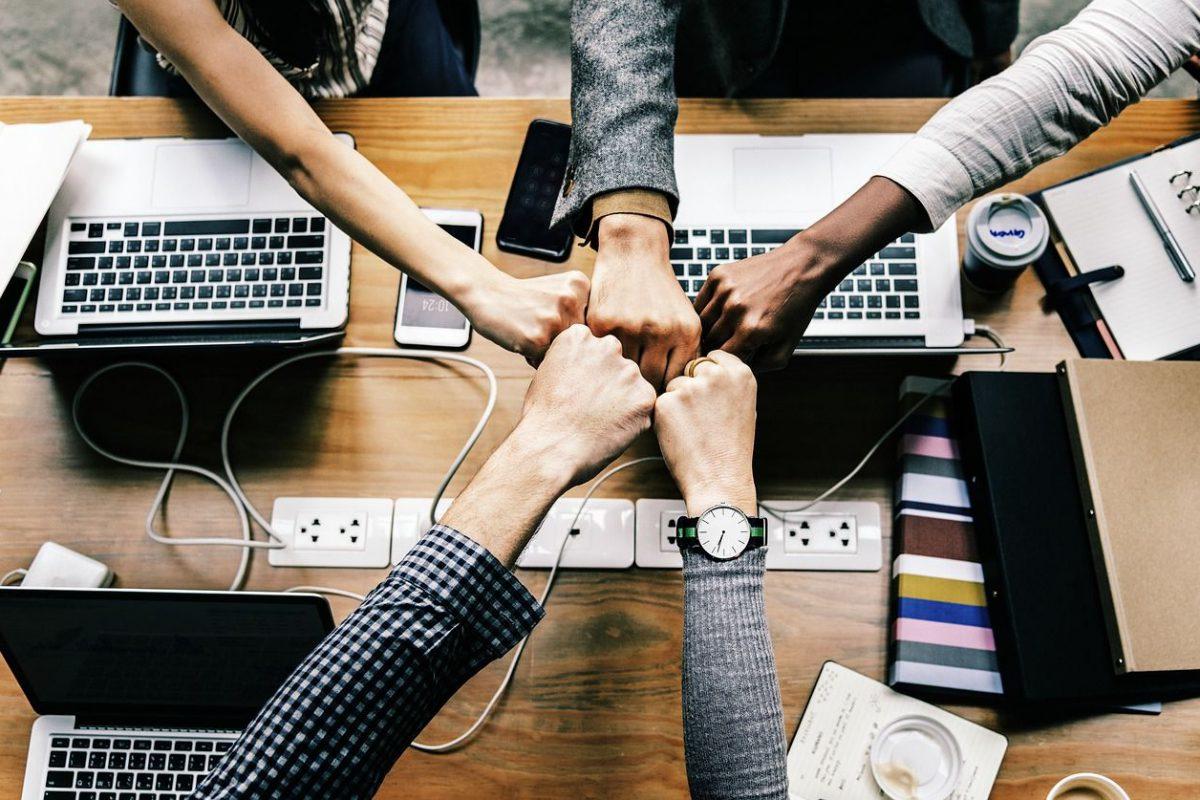 Karriere: Diese 5 Faktoren machen aus Mitarbeitern perfekte Teamplayer