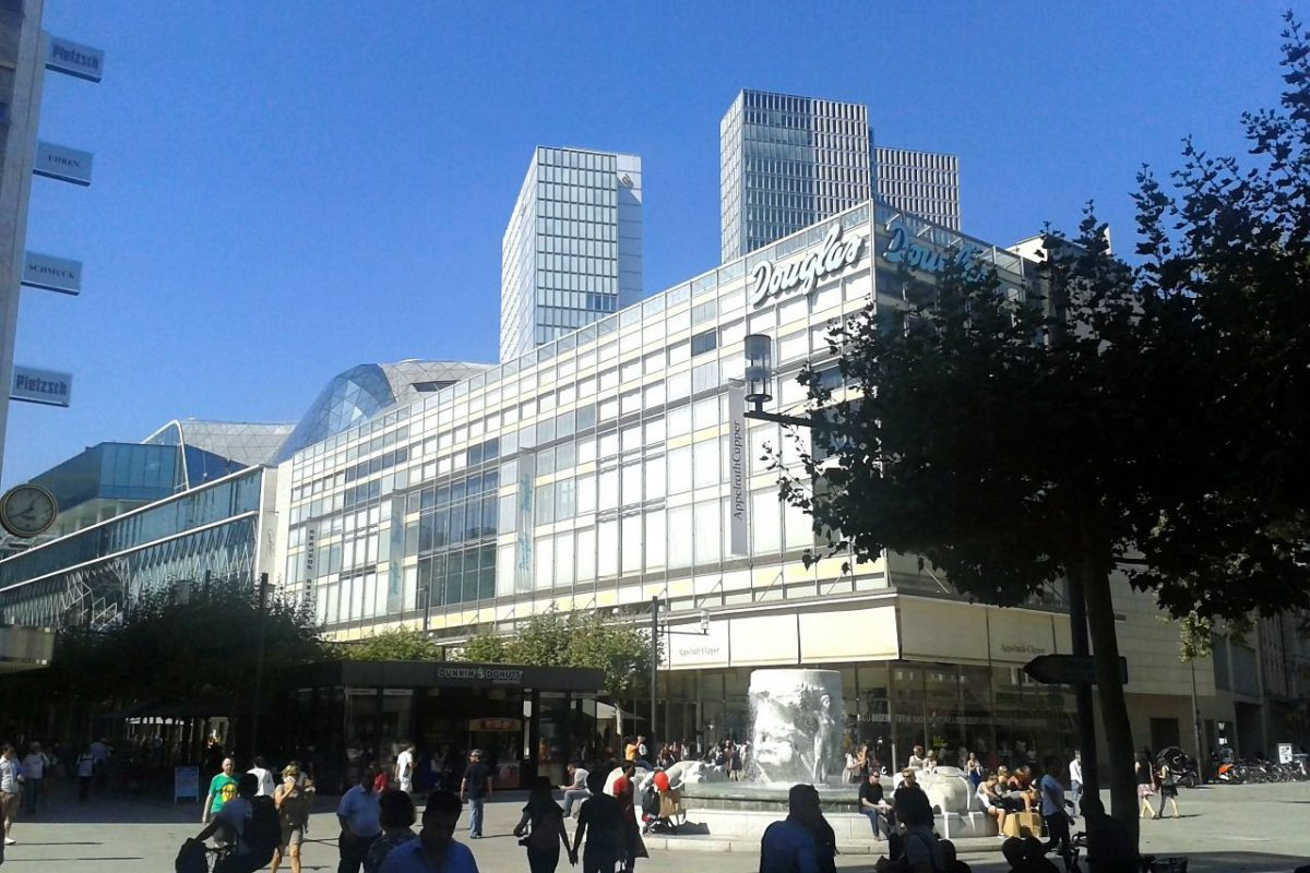 Rheinische Post: Bei Kaufhof drohen Gehaltseinbußen von mehr als 30 Prozent