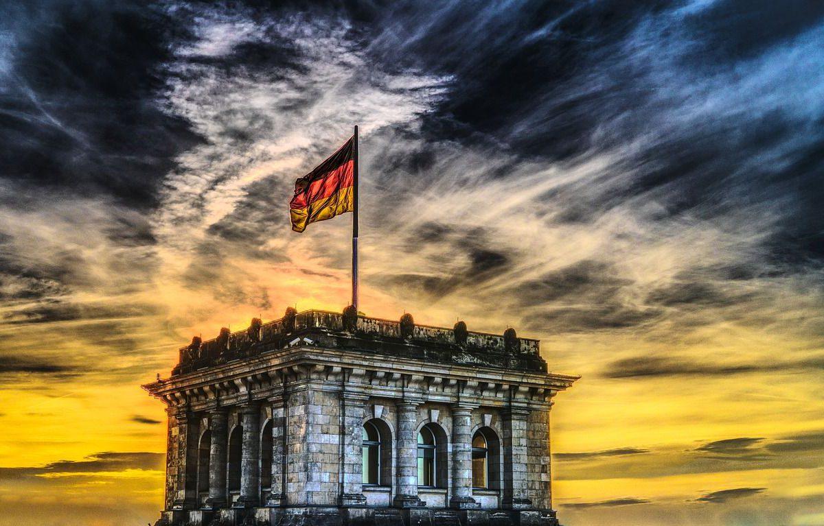 NRW-Ministerpräsident Armin Laschet appelliert an SPD: Koalition fortzusetzen ist auch staatspolitische Verantwortung